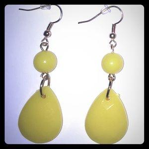 💥BOGO💥 Yellow Resin Tear Drop Dangle Earrings